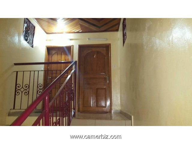 IMMEUBLE R+2 NEUF A VENDRE A YAOUNDE NFANDENA 2 - 1601