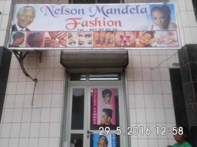 Promotions a Nelson Mandela fashions. 20% de reductions - 168