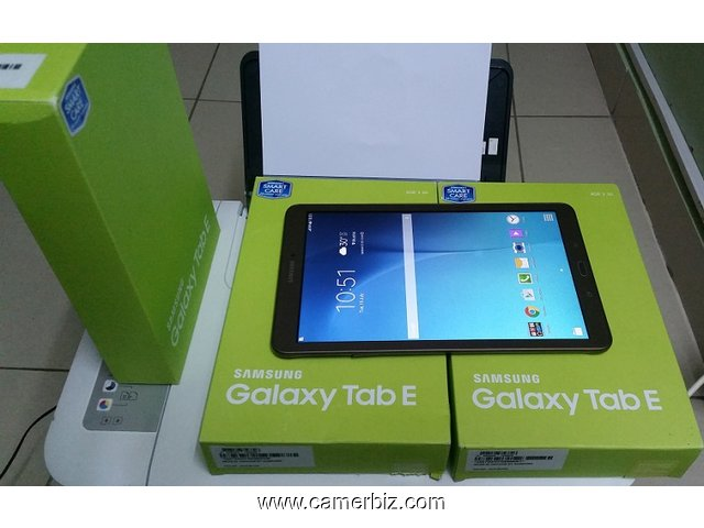 neuf 2017 samsung tablet e avec sim card support a vendre telephone tablette fax yaounde. Black Bedroom Furniture Sets. Home Design Ideas