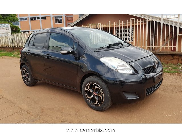 2009 toyota yaris automatique et climatisation a vendre voitures yaounde cameroun. Black Bedroom Furniture Sets. Home Design Ideas