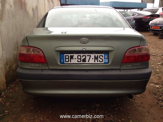 Nirous Auto 2002 Toyota  Avensis  Full Option Manuelle   - A Vendre - 2309
