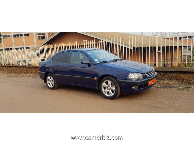2000 Edition Toyota Avensis - Full Option a Vendre. - 2970