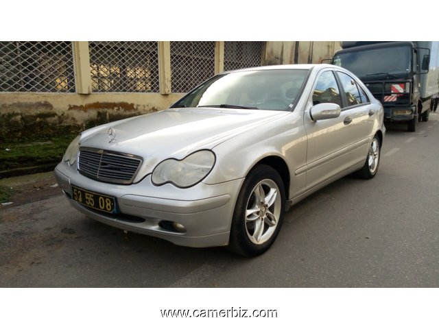 4,600,000FCFA-MERCEDES CLASSE C200-CDI-VERSION 2004-OCCASION EN OR D'ORIGINE D'ALLEMAGNE! - 3445