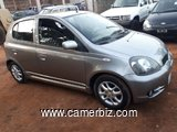 BESOIN D'UNE YARIS 2002 SPORT FULL OPTION VERSION EUROPEENNE
