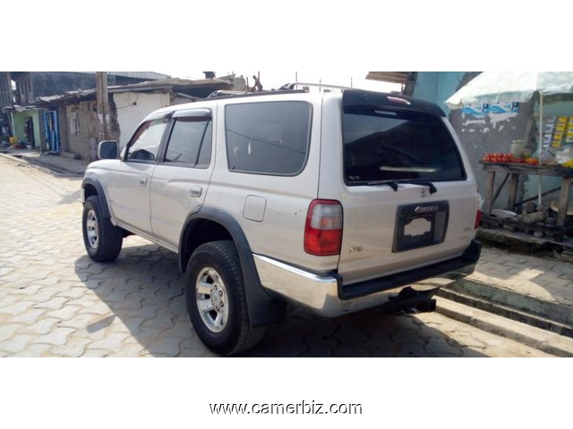 4,900,000FCFA-TOYOTA 4RUNNER-4X4WD-VERSION 2000-OCCASION DU CANADA - 4687