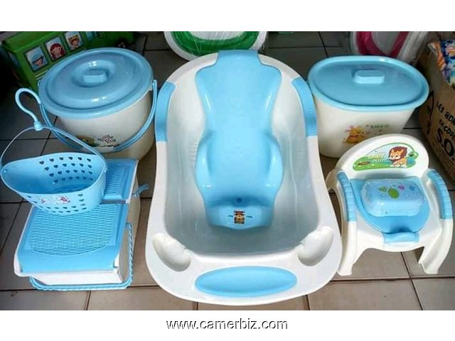 ensemble bassine bébé. Disponible en bleu, rose, vert ou orange - 5750