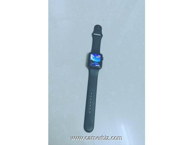 APPLE SERIE 3 , 42MM , CELLULAIRE - 5932