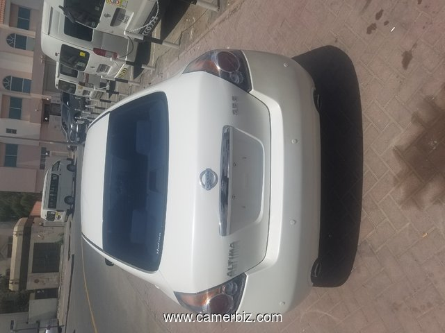 Luxury Nissan Altima 2009 Full option Automatic - 7500