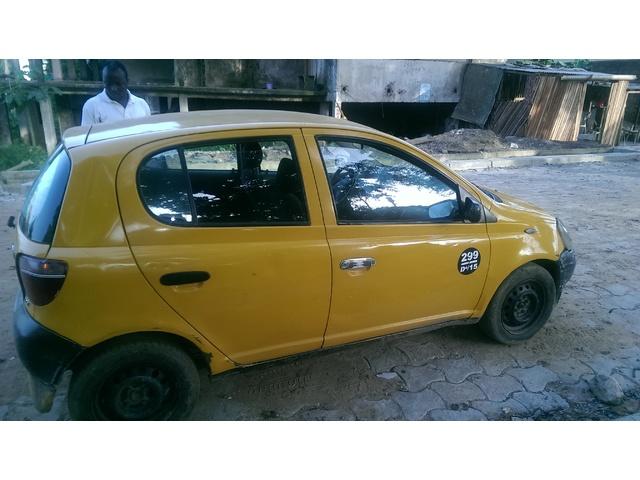 voiture taxi a vendre avec toutes les pi ces voitures douala cameroun. Black Bedroom Furniture Sets. Home Design Ideas